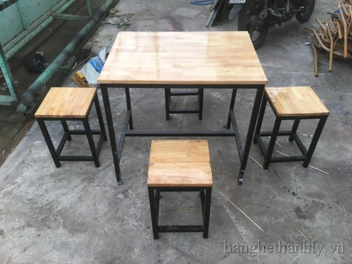 Bàn ghế gổ cafe giá rẻ tại xưởng sản xuất HGH 11310