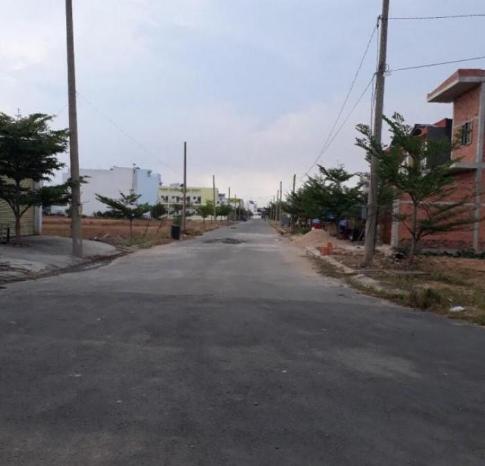 Cháy hàng đất nền MT Nguyễn Hữu Trí-View trung tâm thương mại