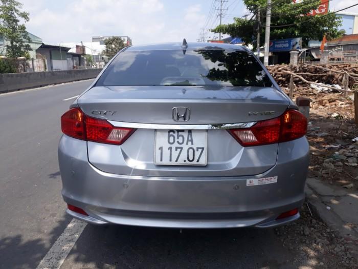 Bán Honda City 1.5AT màu bạc số tự động sản xuất 2017 đi đúng 33000km secua chưa rớt