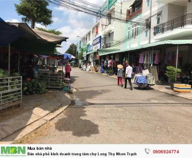 Bán nhà phố kinh doanh trung tâm chợ Long Thọ Nhơn Trạch