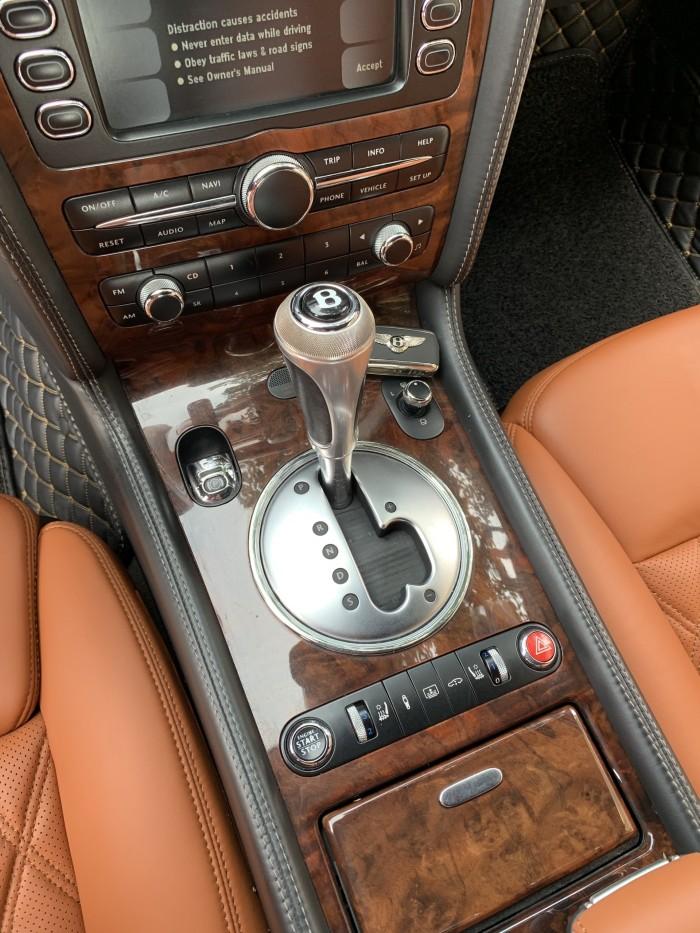 Bentley Continental sản xuất năm 2007 Số tự động Động cơ Xăng