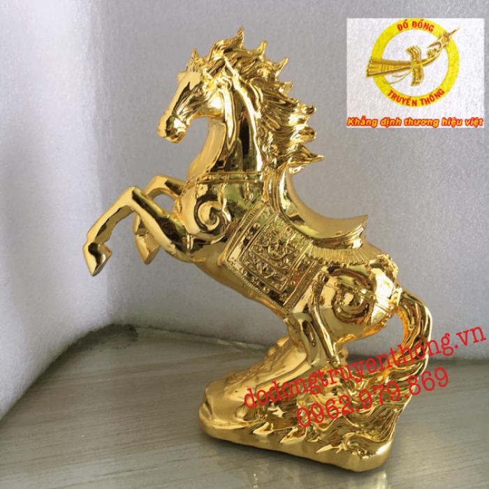 tượng ngựa hý mạ vàng 24 k1