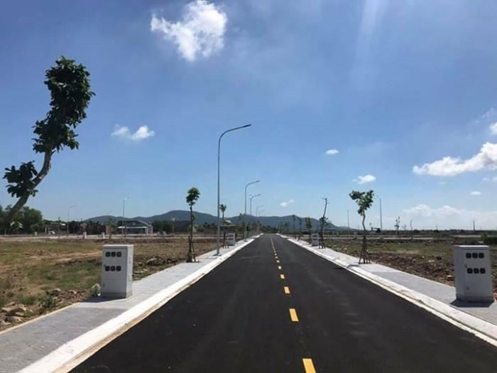 Bán đất nền BÀU XÉO - Trảng Bom,mặt tiền đường QL1A giá rẻ chỉ 560tr (60%) sổ hồng riêng thổ cư 100%