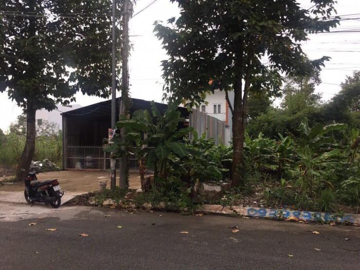 Bán nền tặng thêm nhà 1 trệt 1 lầu, đường số 4 khu Nông thổ sản, Q. Cái Răng, TPCT