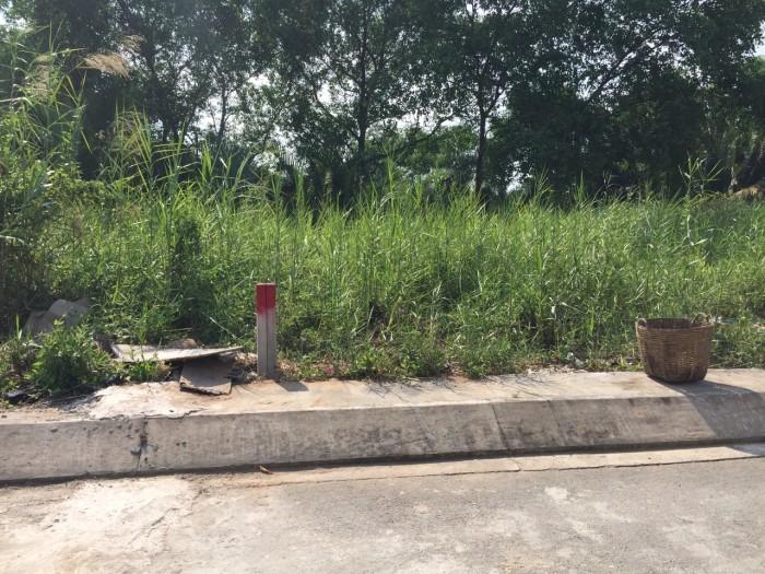 Chuyển nơi ở khác nên GĐ tôi bán lại lô đất Xã Phước Lộc _Lê Văn Lương DT: 83.6m2