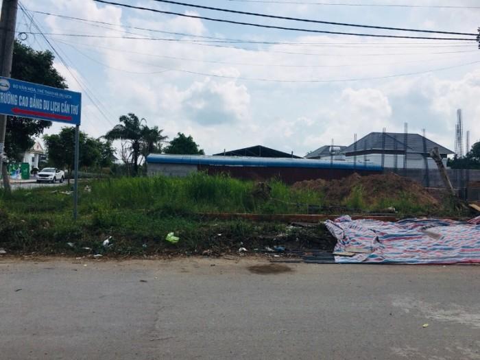 Nền góc Nguyễn Hữu Trí, Cồn Khương, Cái Khế, Tp. Cần Thơ