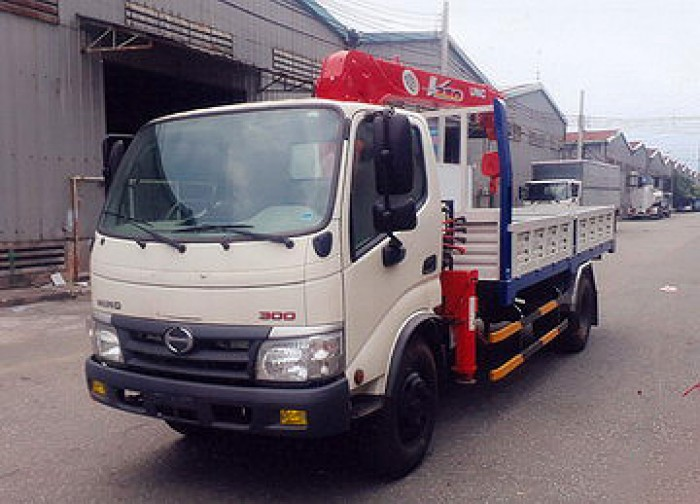 HINO WU352L gắn cẩu 2 tấn UNIC model URV223 | Khuyễn mãi Thuế trước bạn 2% | Hỗ trợ vay ngân hàng cao 1