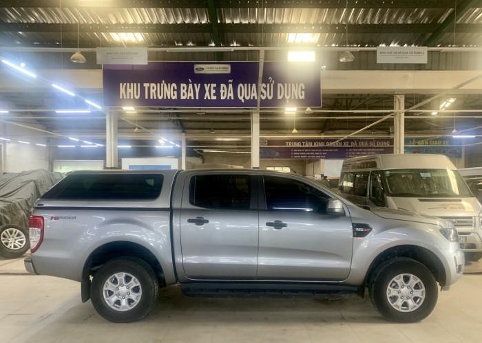 Bán Ford Ranger 01 cầu sx 2017 ghi vàng
