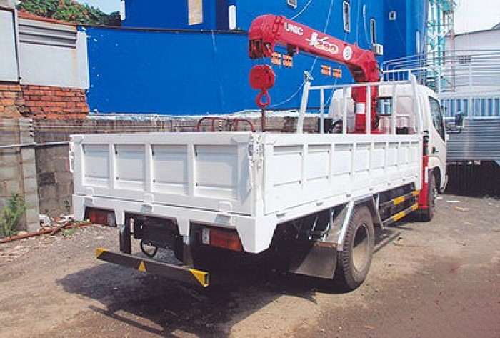 HINO XZU650L gắn cẩu 3 tấn UNIC model URV293 | Khuyến mãi thuế trước bạ 2% | Hỗ trợ mua xe trả góp