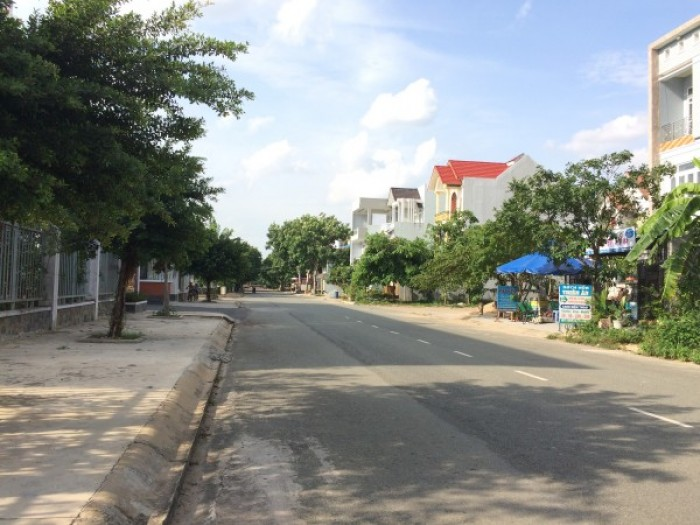 Cần bán đất tại đường Lê Đại Hành, Lô 90, thị trấn Liên Nghĩa, Đức Trọng, Lâm Đồng