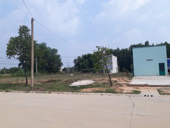 Cần bán gấp lô 3 đất nền thổ cư nằm gần trường đại học,khu công nghiệp