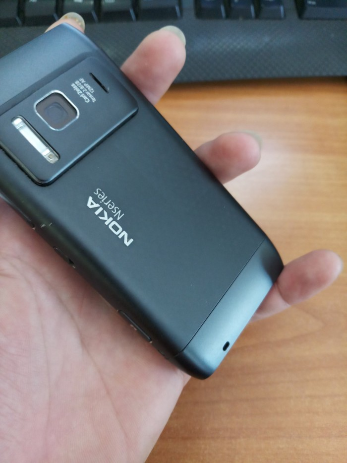 Điện Thoại Nokia N8 Máy Nguyên Bản 100% Gía Chỉ 1,5 tr7