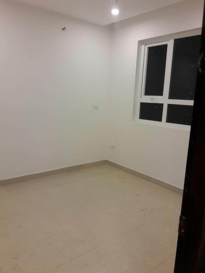 Bán căn hộ chung cư 60 Hoàng Quốc Việt, DT 117 m2, 3 PN, 3,2 tỷ