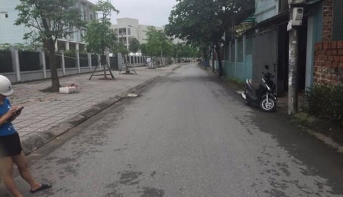 Bán đất mặt phố Ngọc Trì, Long Biên 64,4m2.