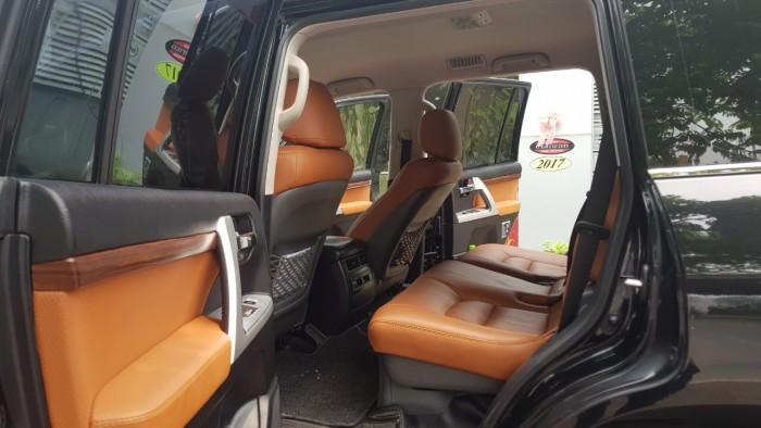 Bán Toyota Landcruise VX 4.6 2011,đã lên fom 2016,xe 1 chủ từ đầu,chạy ít cực mới .