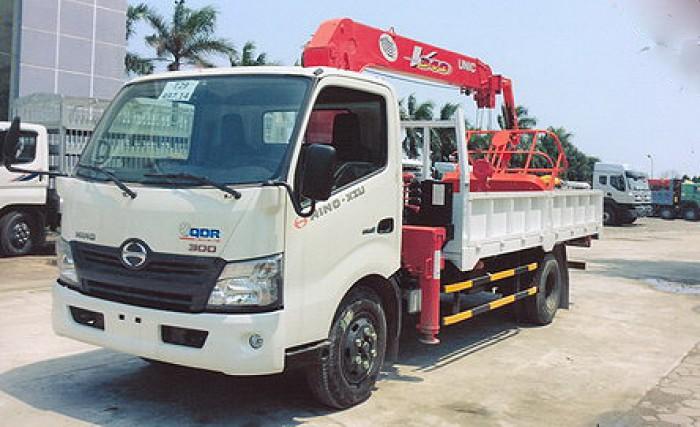 HINO XZU720L gắn cẩu 3 tấn UNIC model URV343 | Hỗ trợ khách hàng mua xe trả góp thủ tục nhanh gọn