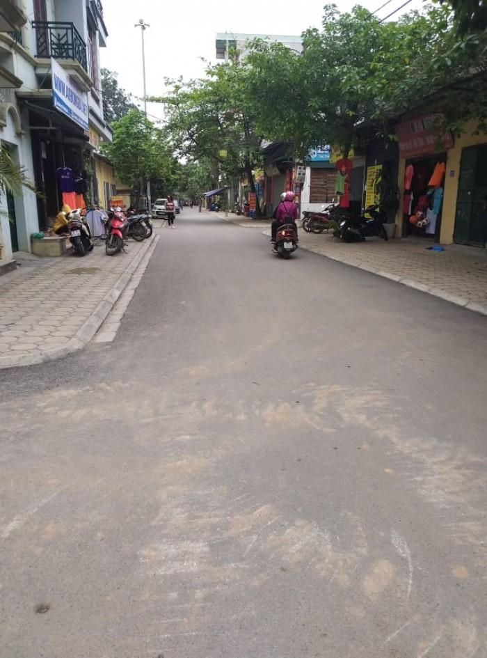 Đất TĐC Thạch Bàn, Long Biên 36m2 giá 2,34 tỷ.