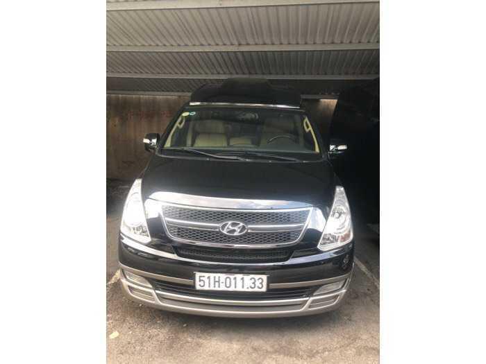 Bán Hyundai Starex Limousine nhập khẩu 2014 màu đen