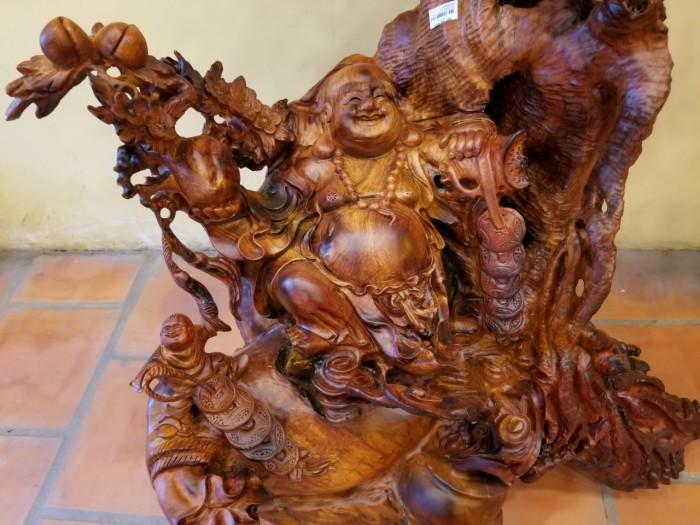 Di lặc thông thái dưới gốc đào gỗ hương Việt Nam5