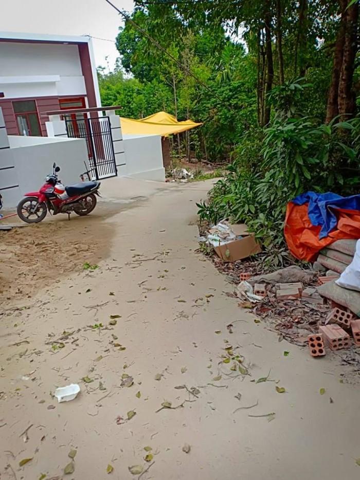 Cần bán đất cách Nhà máy nước Quảng Tế 1.5km  , Thủy Xuân , TT Huế