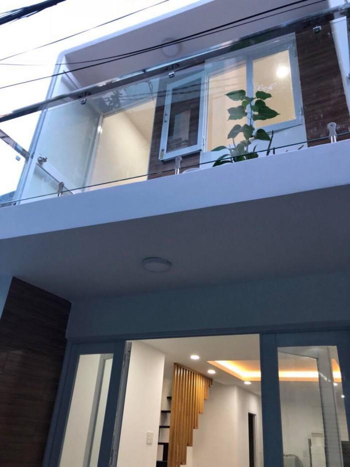 Cần tiền bán gấp nhà Hòa Hảo, 49m, 5T – HXH- Giá chỉ 7 tỷ.