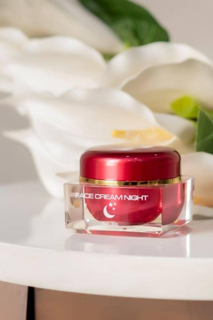 Kem face dưỡng trắng da bông hồng đỏ ngọc trinh( phân phối)