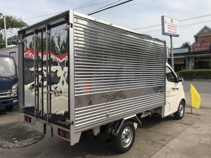 Xe tải 990kg Tera100 thùng kín