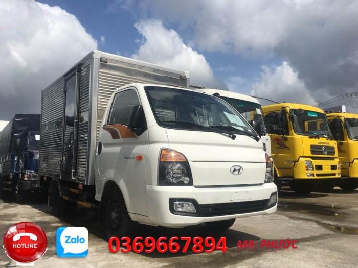Ban Xe Tải Hyundai H150 Thùng Kín Bán Trả Góp Tải 1,5 Tấn