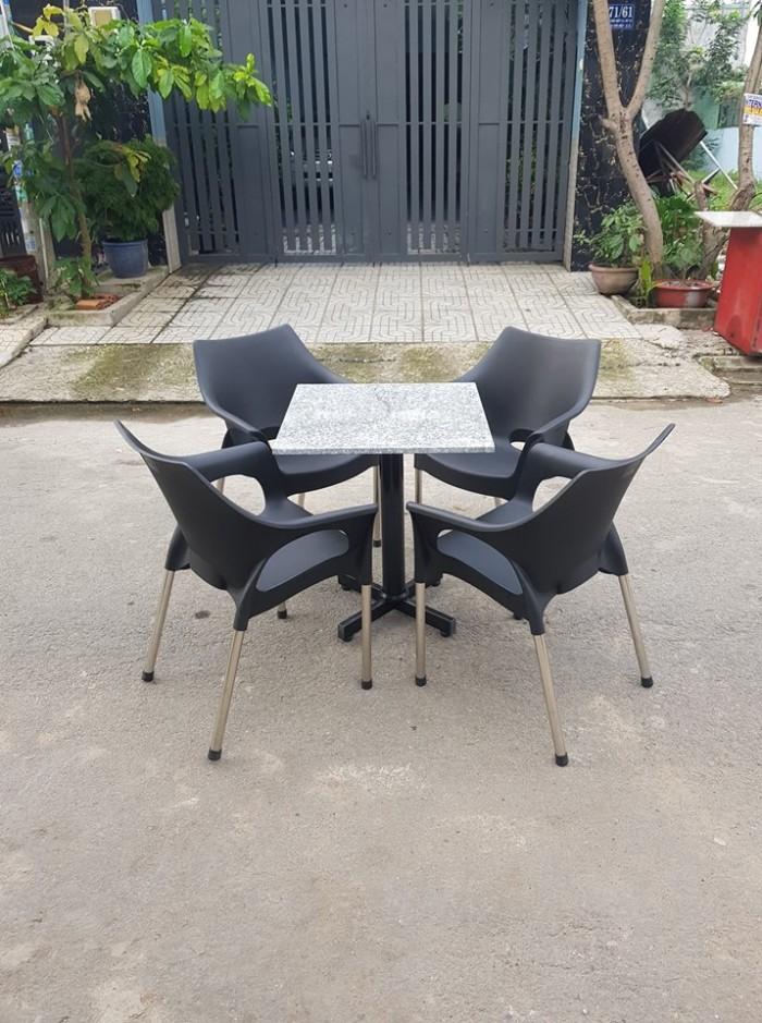 Bàn Ghế Mây Cafe Cao Cấp Tại Sài Gòn5
