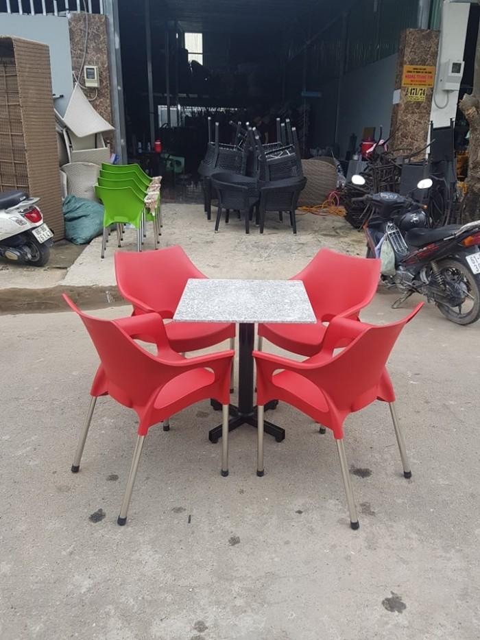 Bàn Ghế Mây Cafe Cao Cấp Tại Sài Gòn4