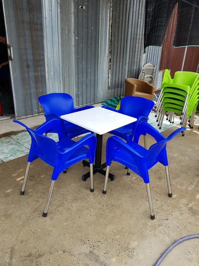 Bàn Ghế Mây Cafe Cao Cấp Tại Sài Gòn0