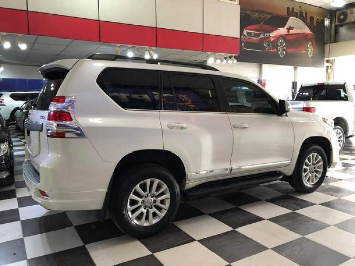 Toyota Land Cruiser Prado sản xuất năm 2016 Số tự động Động cơ Xăng