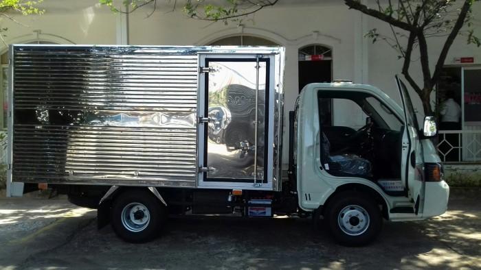 Xe tải Hyundai JAC 1t5 thùng kín thùng 3.2m hỗ trợ góp 80% giá trị, khuyến mãi khủng