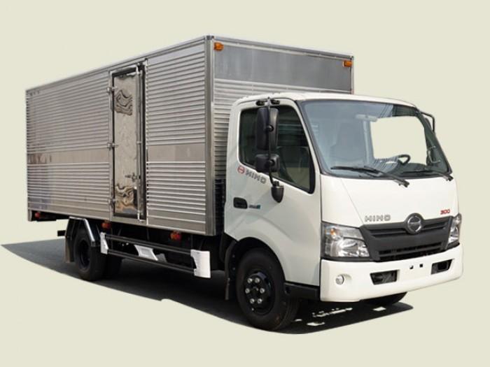 Xe Tải Hino 3T5 Thùng Kín - XZU720L, thùng 5m2 0