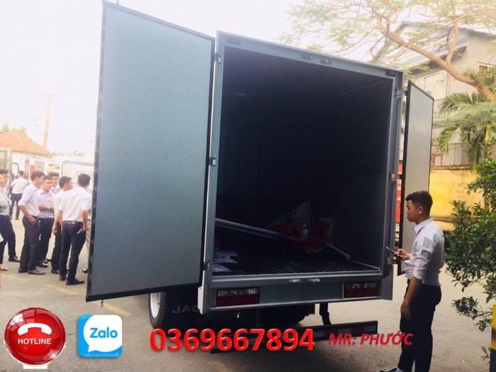 Bán xe tải JAC 2.4 tấn bán trả góp