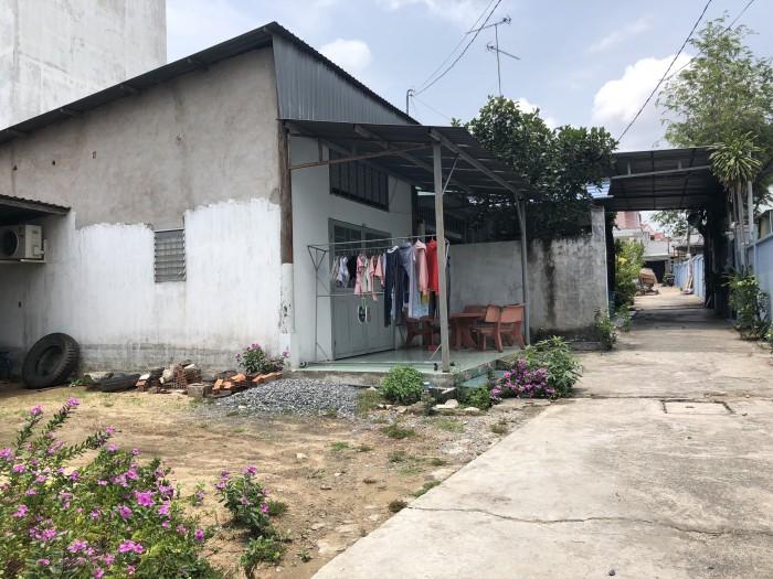 Nhà nát Man Thiện Q9 163m2 giá rẽ nhất khu vực