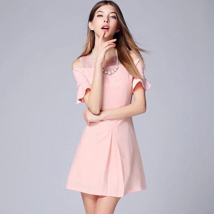 [3] Đầm xòe tay rớt