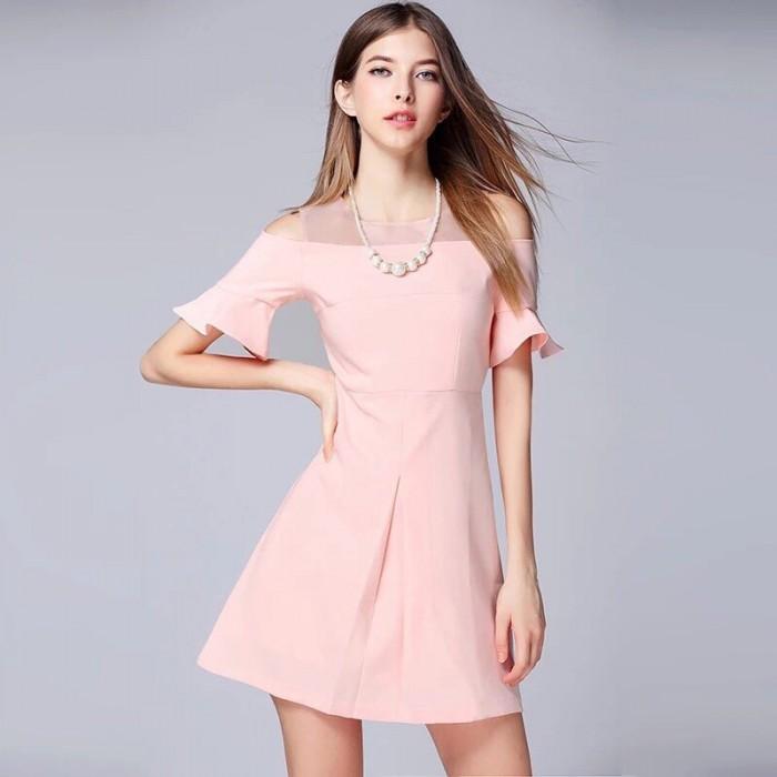 [4] Đầm xòe tay rớt