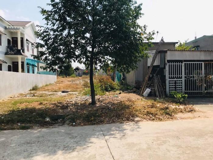 Cần bán 150m2 đất thổ cư chính chủ tên Lê Thị Thuý giá 800 triệu,sổ đỏ 100%