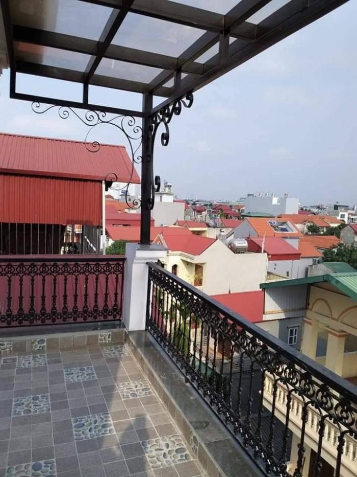 Hàng HOT!! Bồ Đề - Quận Long Biên - 36m2x5 - 3 tỷ.