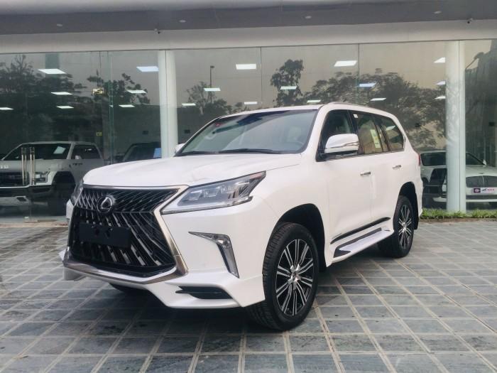Bán xe Lexus LX 570s Super Sports sx 2018, màu trắng nhập khẩu Trung Đông