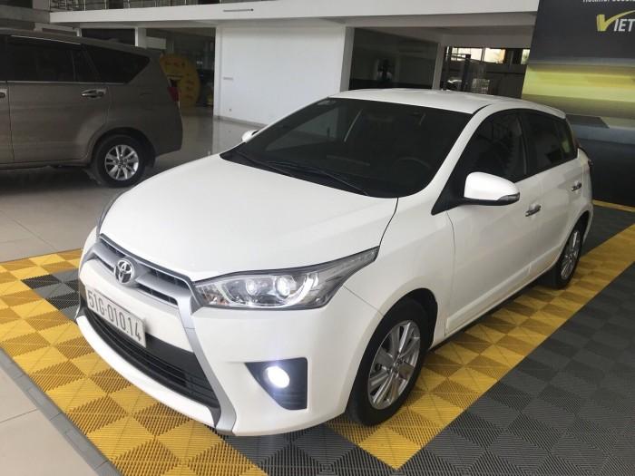 Bán Toyota Yaris G 1.5AT màu trắng số tự động nhập Thái Lan 2017 biển Sài Gòn đi 15000km