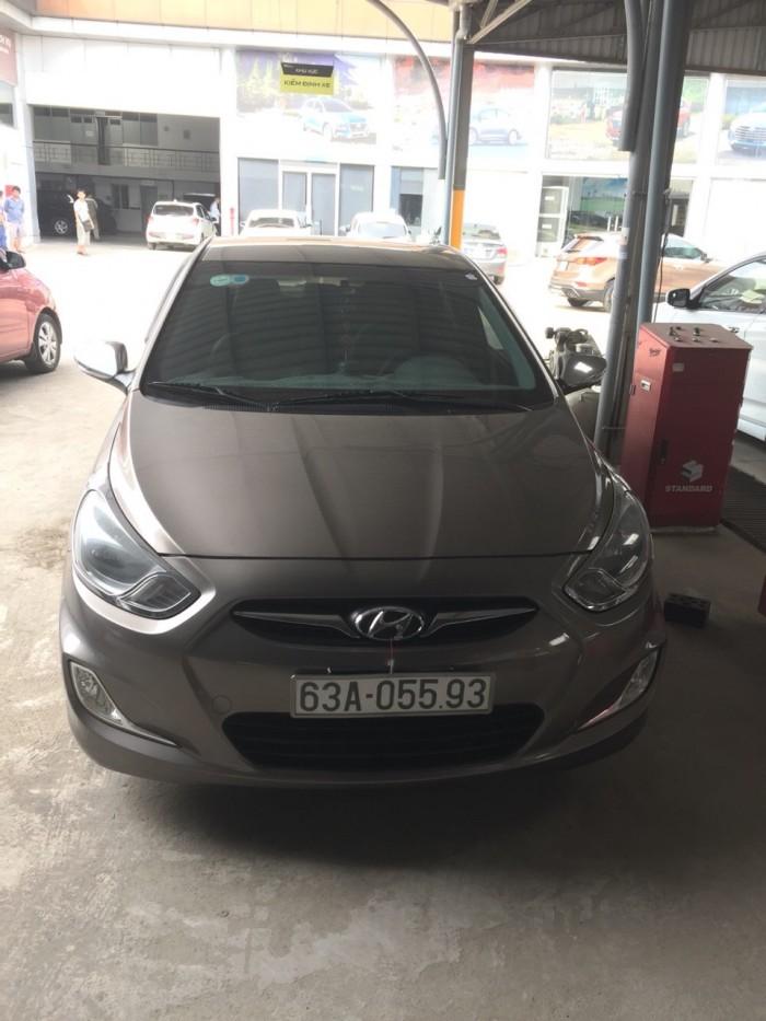 Bán Hyundai Accent 1.4MT màu nâu titan số sàn nhập Hàn Quốc 2011 xe đẹp
