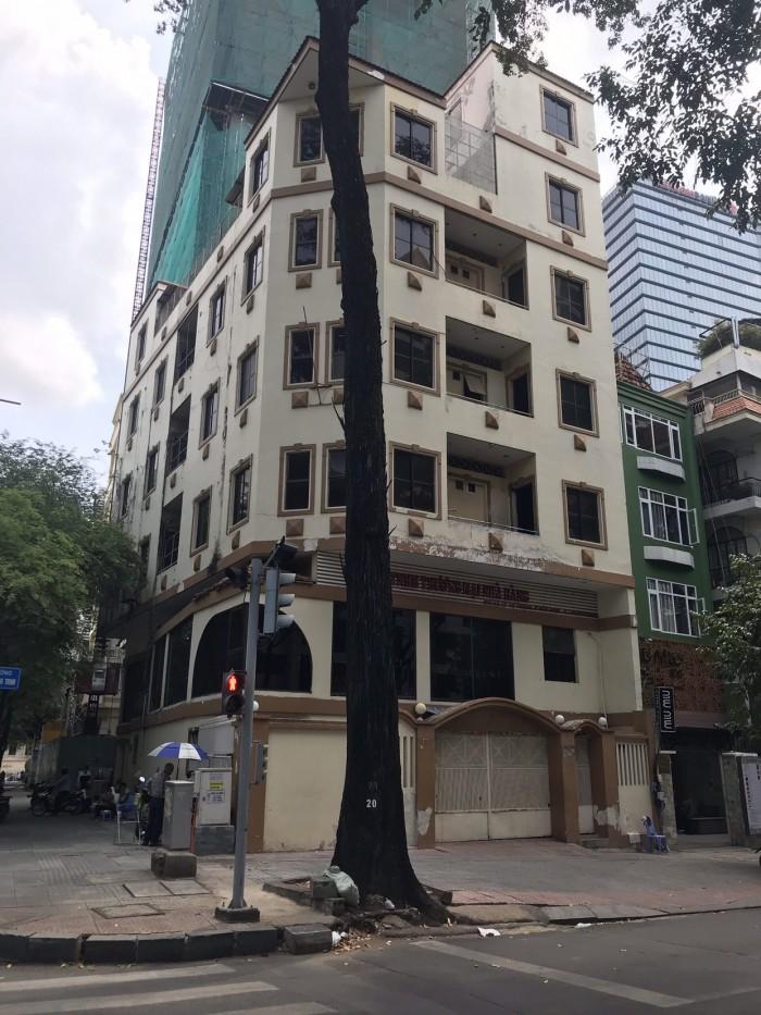 Cho thuê nhà big 15x20m góc 2 MT Lý Tự Trọng và Chu Mạnh Trinh, P Bến Nghé, Q1
