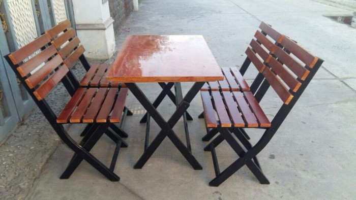 Bàn ghế gổ cafe giá rẻ tại xưởng sản xuất HGH 11820