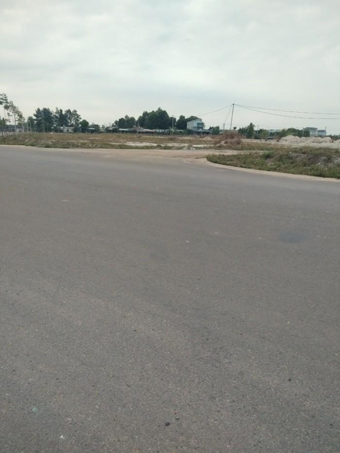 Cần ra lô đất ngay khu công nghiệp Becamex