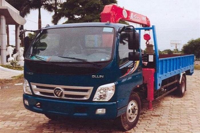 Xe tải Thaco 700B gắn cẩu Unic 4 tấn