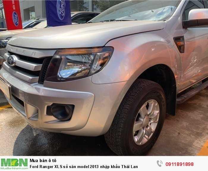 Ford Ranger XLS số sàn model 2013 nhập khẩu Thái Lan