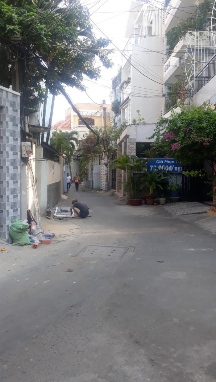 Nhà đẹp giá rẻ Tô Hiệu Tân Phú, đường xe hơi, 7.5 tỷ.