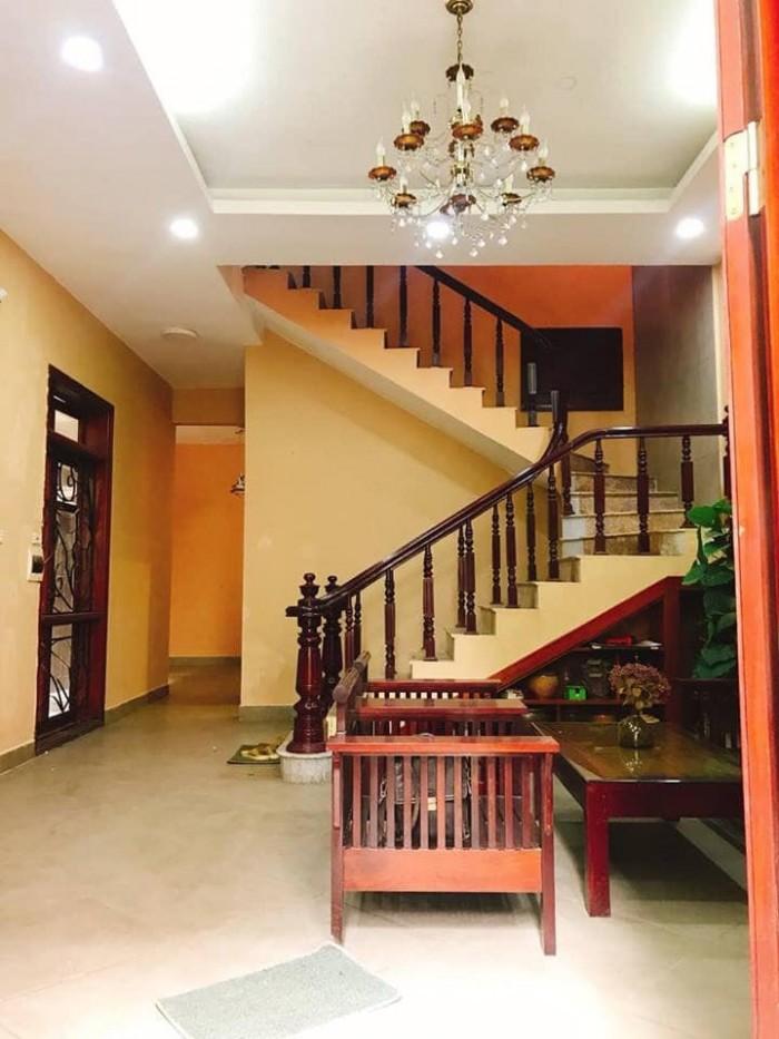 Nhà Thịnh Quang, Đống Đa 70m2, mt rộng, giá 12,5 tỷ